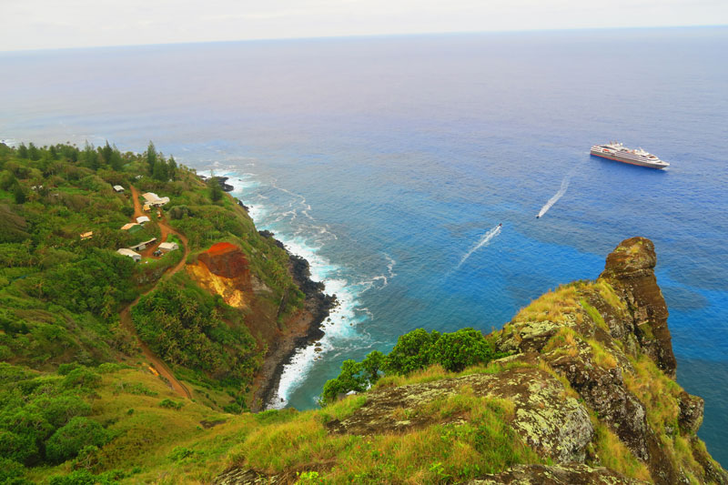Ship's Landing Point Pitcairn Island lookout