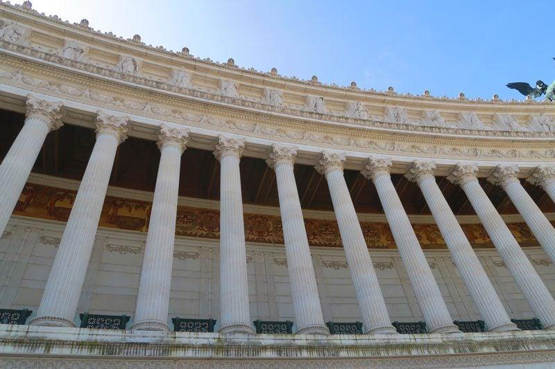 Arches in Vittorio Emanuele II - Rome