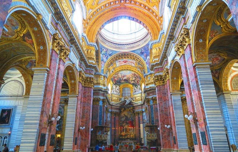 Basilica dei Santi Ambrogio e Carlo - Roman church