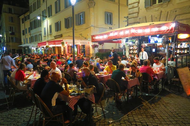 Camp de Fiori by night - Rome