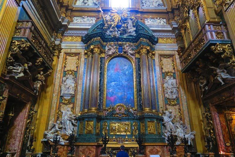 Chiesa del Gesù - Jesuit Church Rome - marble altar