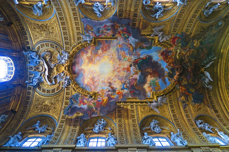 Chiesa del Gesù - Jesuit church Rome - fresco ceiling