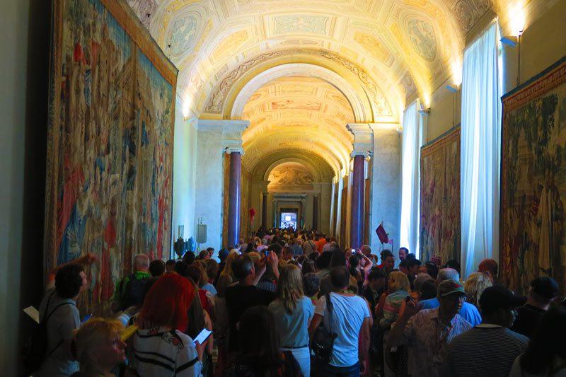 Congestion inside Vatican Museums - Rome