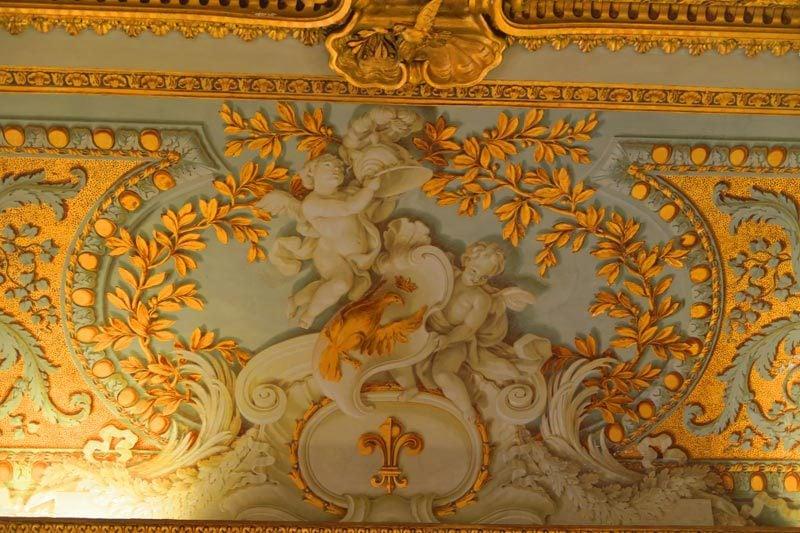 Doria Pamphilj Gallery- Rome museum - ballroom wall decoration