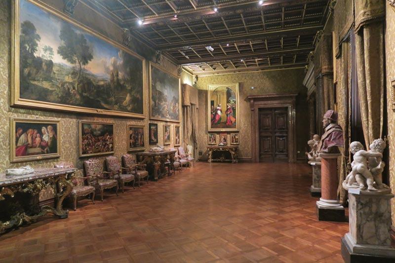 Doria Pamphilj Gallery- Rome museum - sculpture gallery 2