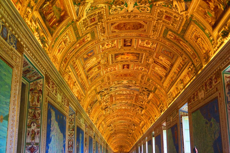 Galleria delle Carte Geografiche - Vatican Museums - Rome- decorated ceiling