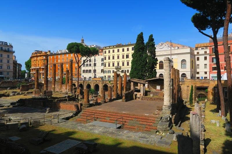 Largo di Torre Argentina - cat sanctuary - Rome