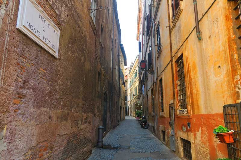 Narrow alley in Rome historic center