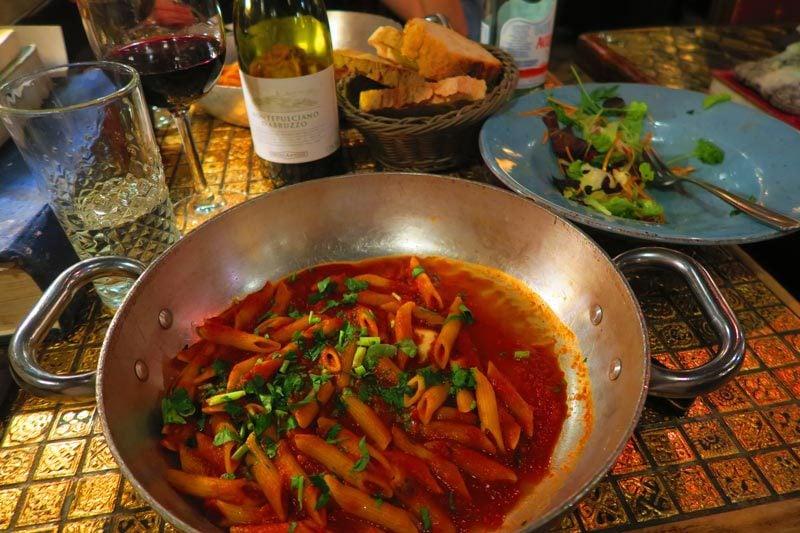 Pietro al Pantheon - Rome restaurant - pasta
