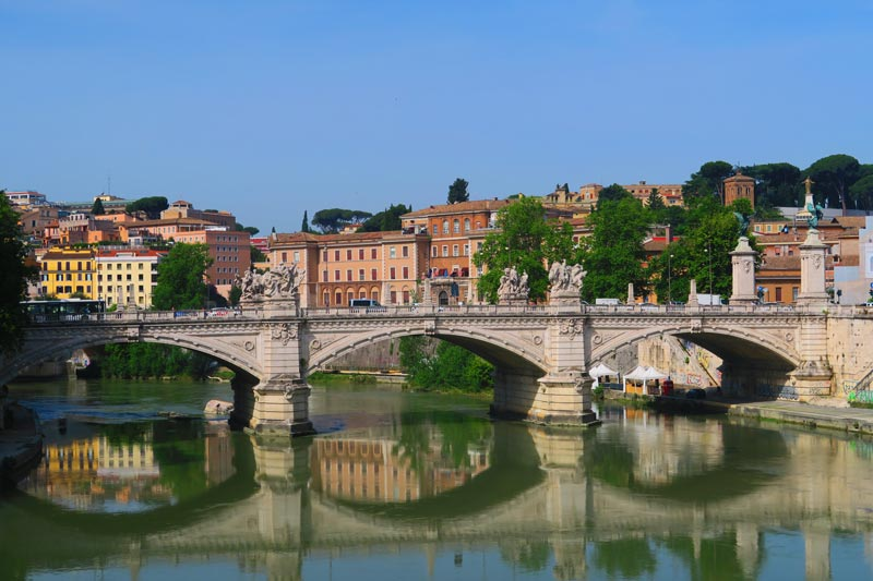 Ponte Vittorio Emanuele II - Rome