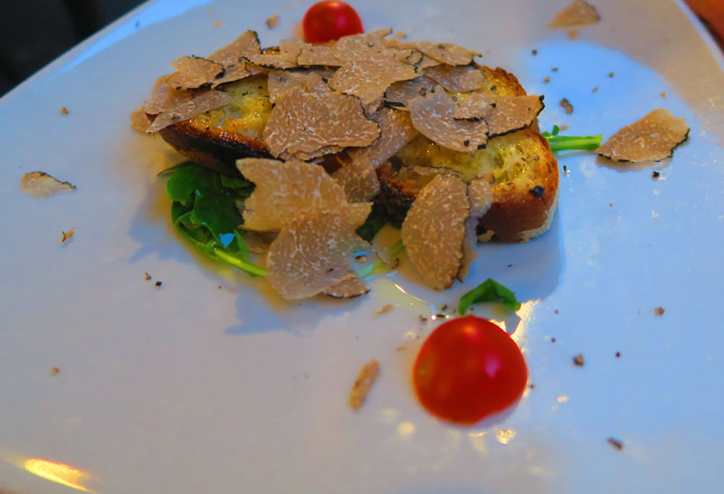 Romantic Restaurant La Scala in Trastevere in Rome - truffles