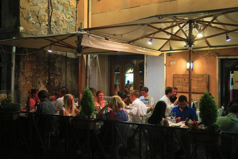 Romantic Restaurant La Scala in Trastevere in Rome
