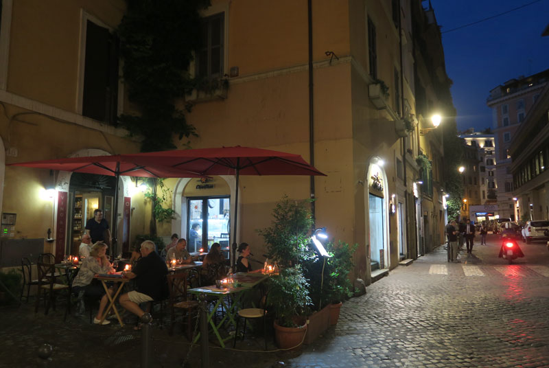 Rome by night - Monti