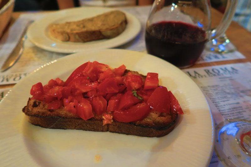 Trattoria Vecchia Roma - Rome best Restaurant - Bruschettas