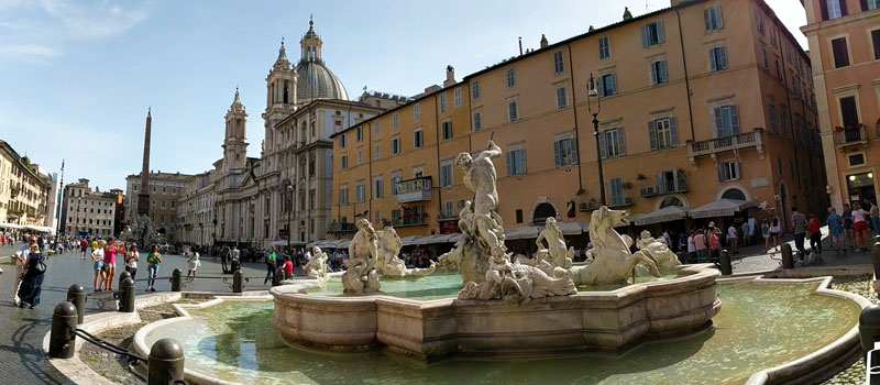 Rome Travel Tips - piazza navona panoramic view