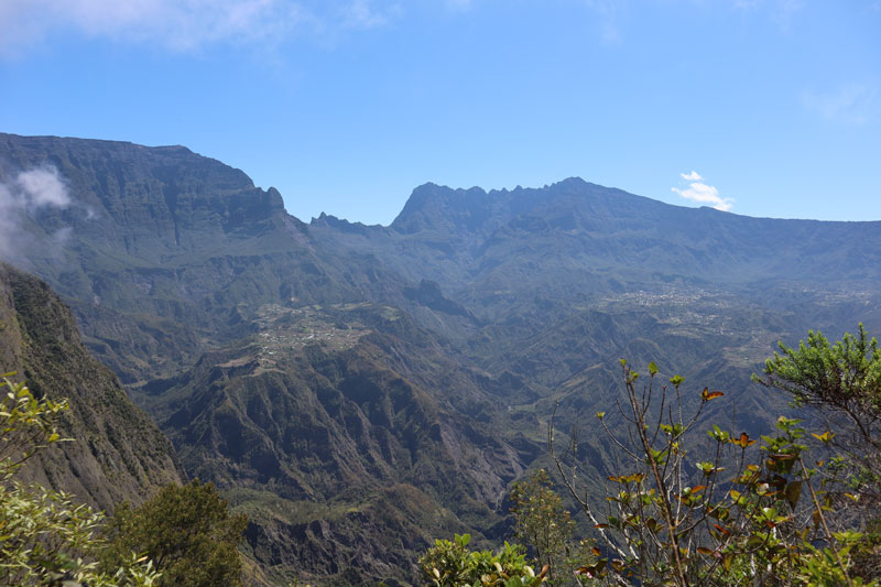 Fenetre des Makes hike - Reunion Island - view of ilet a cordes