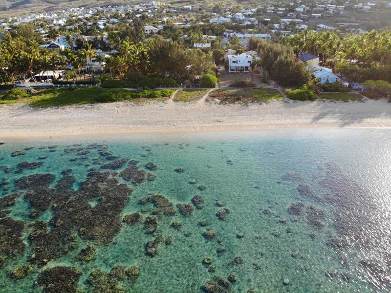 La Villa de la Plage - Reunion Island bed and breakfast