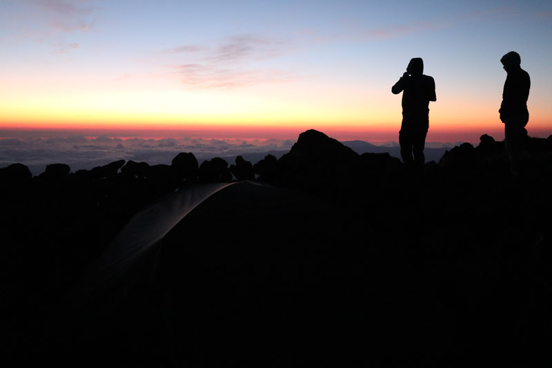 Piton des Neiges hike - Reunion Island - waiitng for sunrise