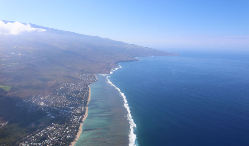 Scenic helicopter flight - Helilagon - Reunion Island - West coast from air