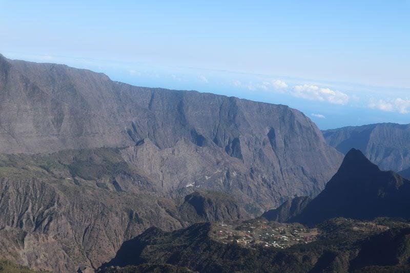 Scenic helicopter flight - Helilagon - Reunion Island - cirque de mafate 2