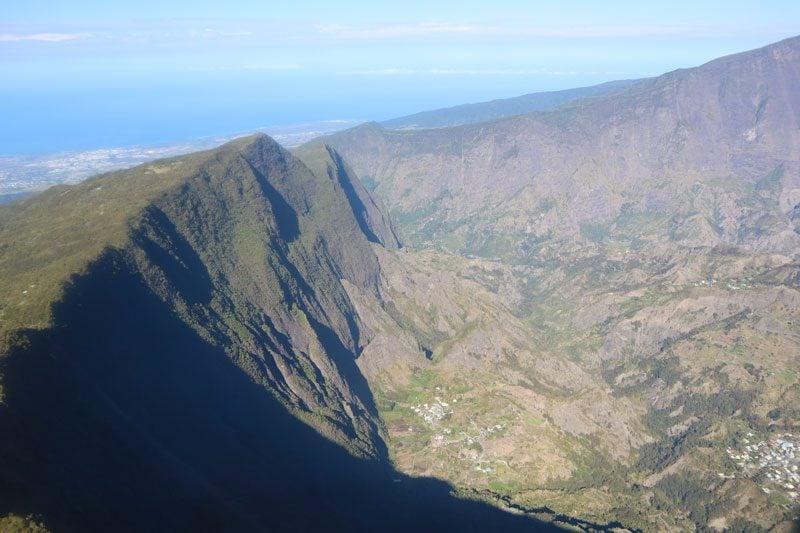 Scenic helicopter flight - Helilagon - Reunion Island - cirque de mafate