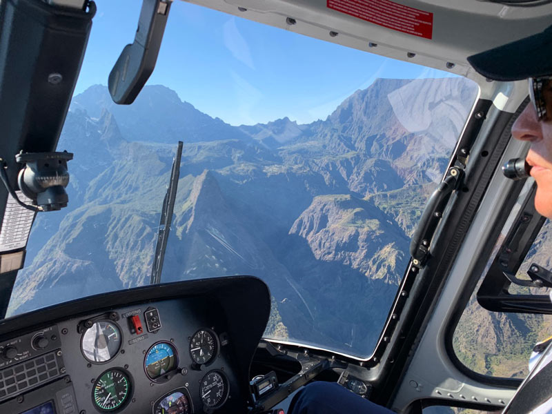 Scenic helicopter flight - Helilagon - Reunion Island - pilot