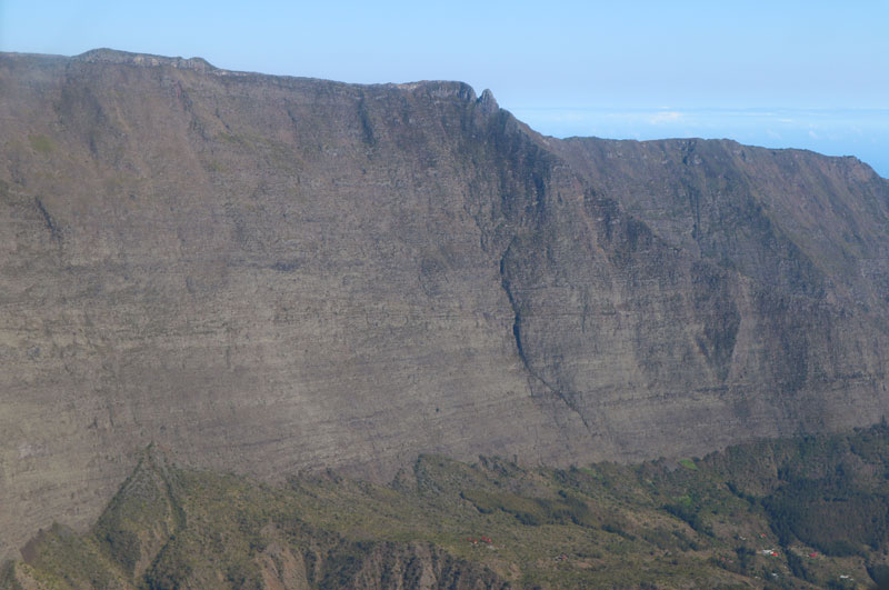 Scenic helicopter flight - Helilagon - Reunion Island - rampart walls of cirque