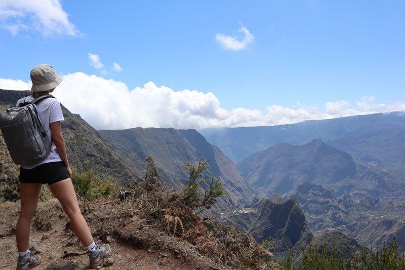 Sentier de Roche Plate - Reunion Island hike - hiker