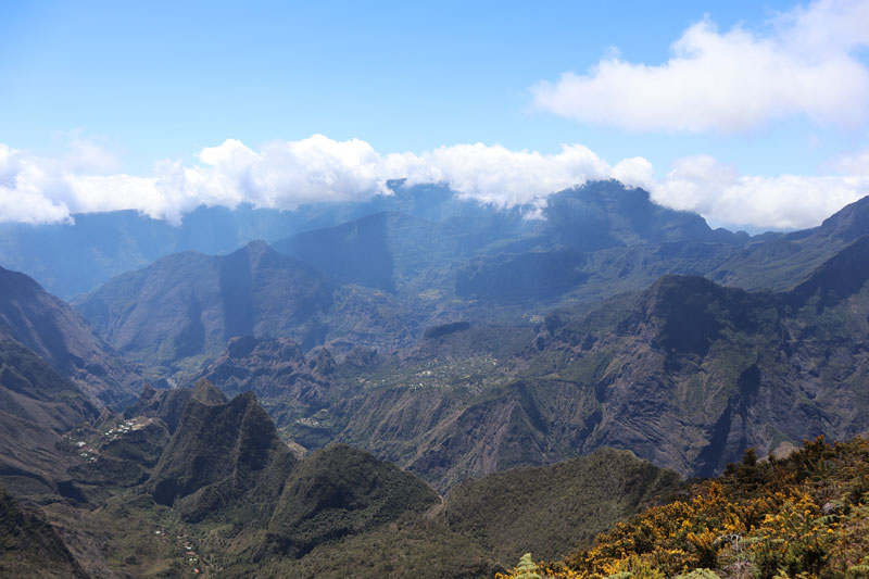 Sentier de Roche Plate - Reunion Island hike - view from above