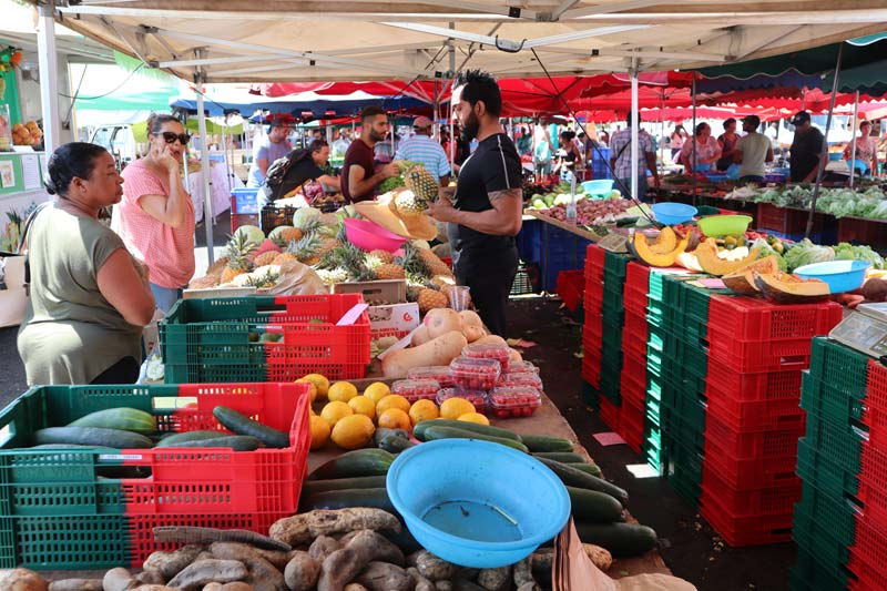 St Paul market Reunion Island