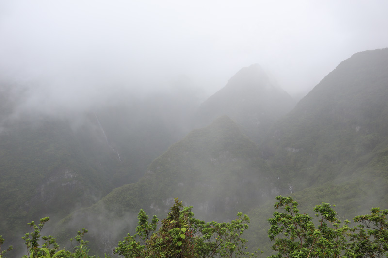 Cloud covering Takamaka Lookout - Reunion Island