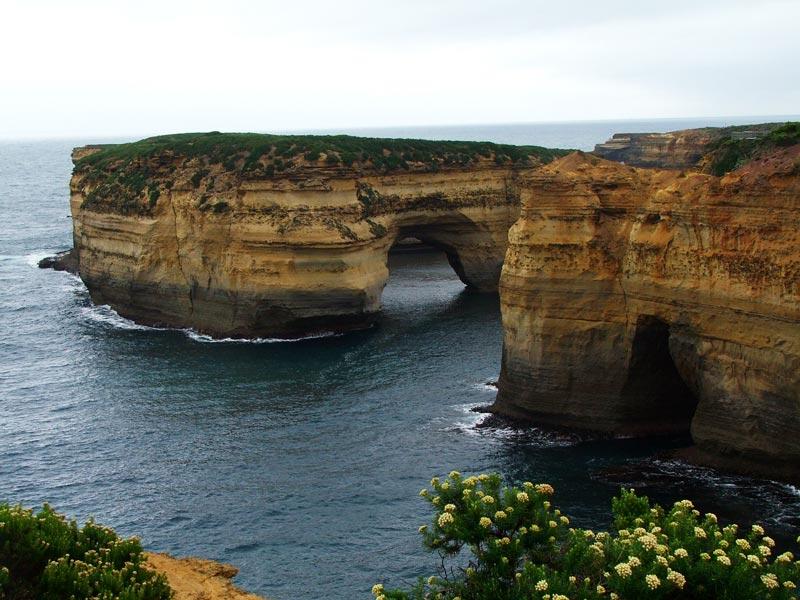 limestone arches - great ocean road- australia