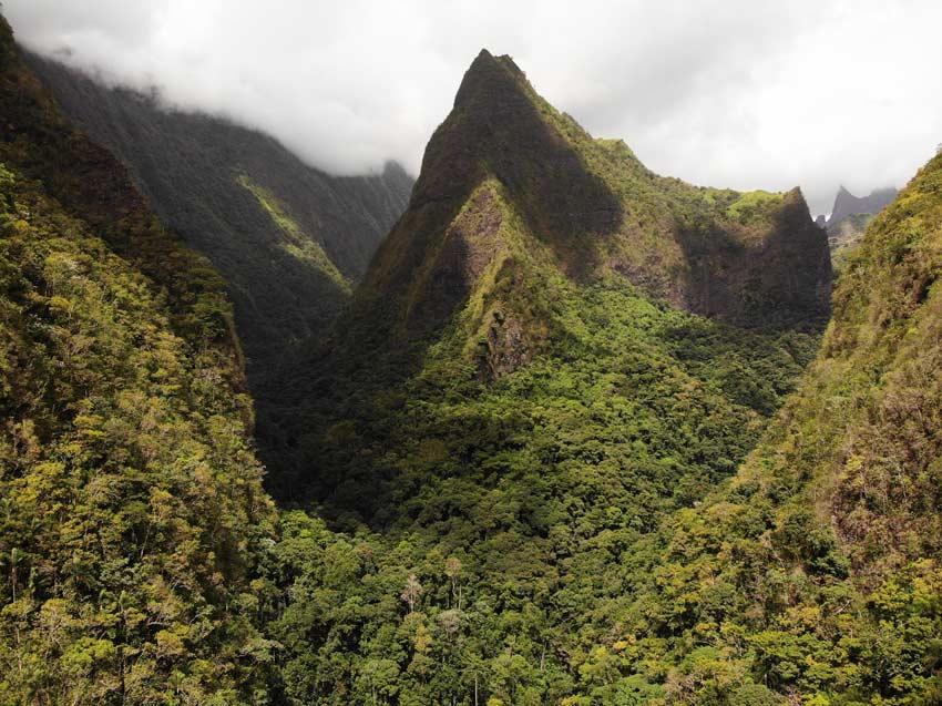 Fautaua Valley - Tahiti Hike - French Polynesia