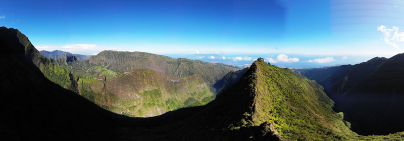 Mount Aorai Hike - Tahiti - French Polynesia - Diademe panoramic view