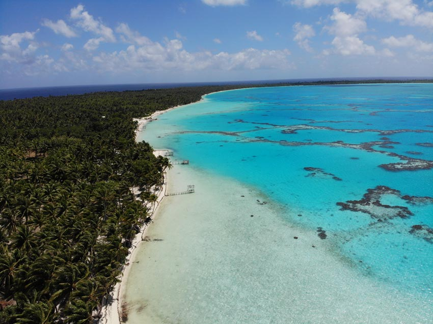 lagoon side - motu auira - Maupiti - French Polynesia
