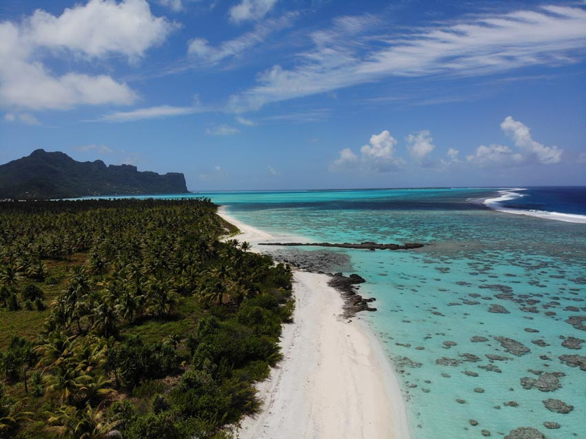 white sane beach - motu auira - Maupiti - French Polynesia