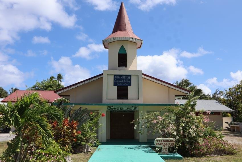 church - tikehau - french polynesia