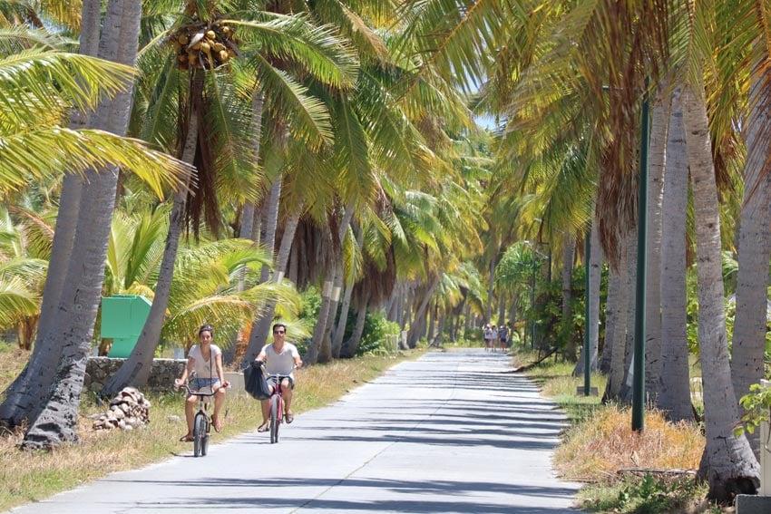 cycling in - tikehau - french polynesia