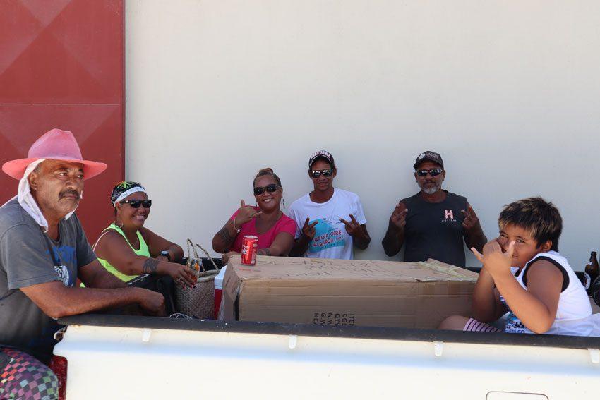 locals in - tikehau - french polynesia