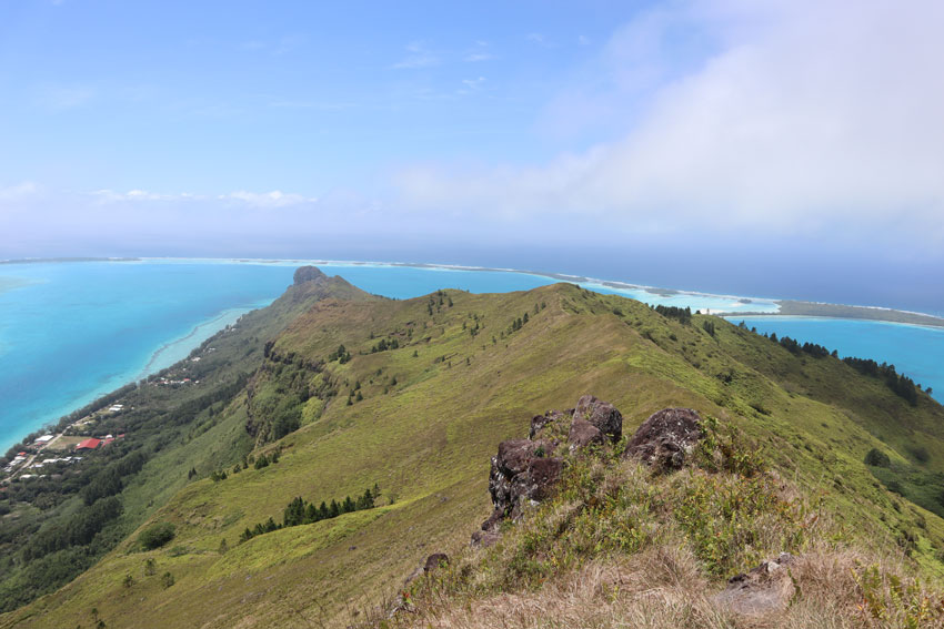 motu piscine from mount hiro hike - raivavae - austral islands - french polynesia