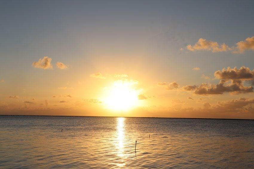 sunset 4 - tikehau - french polynesia