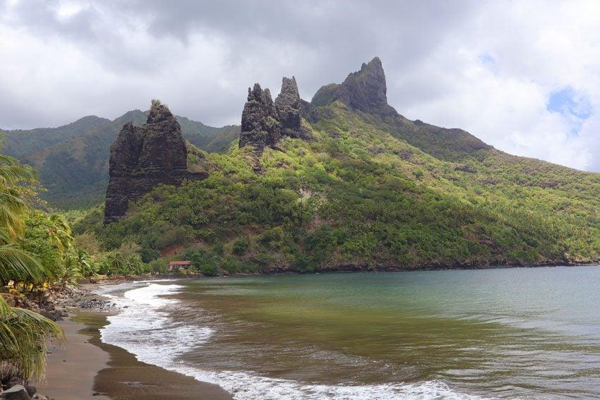 Hatiheu beach - nuku hiva - marquesas islands - french polynesia