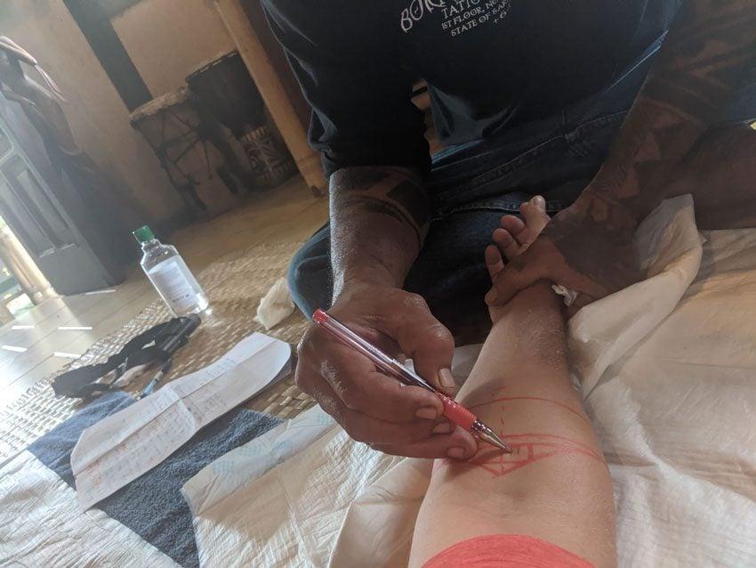 Purotu - traditional tattoo - moore french polynesia 2