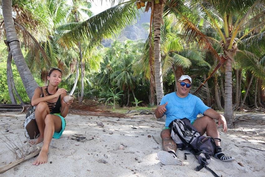 alvane and dricia Anaho Bay - nuku hiva - marquesas islands - french polynesia