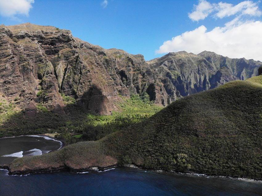 cliffs of Hakaui Valley - nuku hiva - marquesas islands - french polynesia