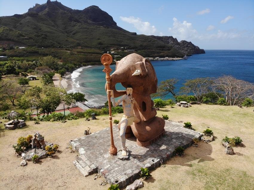 giant tiki statue Taiohae - nuku hiva - marquesas islands - french polynesia