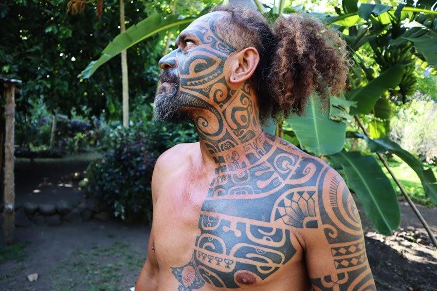 traditional marquesan tattoo - Hakaui Valley - nuku hiva - marquesas islands - french polynesia 2